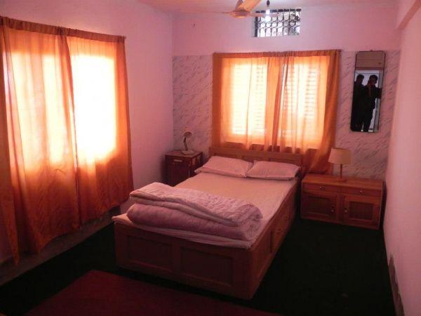 Hotel Suravi